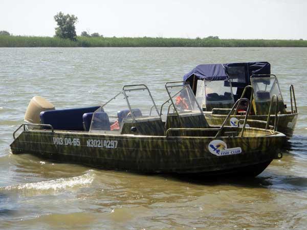 аренда катера для рыбалки в астрахани