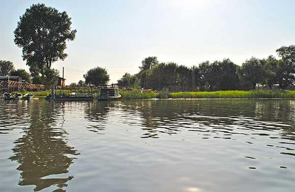 рыболовная база поселок каралат
