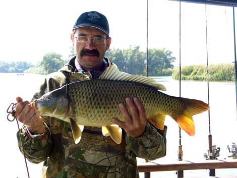 рыбалка с парохода видео
